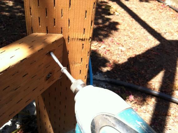 fence bracket install2